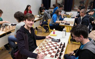 Srednješolsko tekmovanje v šahu